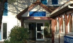 Ad Cyber-Hotel : photos des chambres