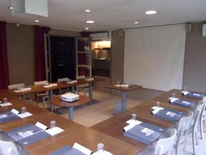 Campanile Hotel Chantilly : photos des chambres