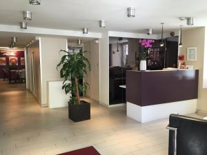 Hotel-Restaurant St-Christophe : photos des chambres