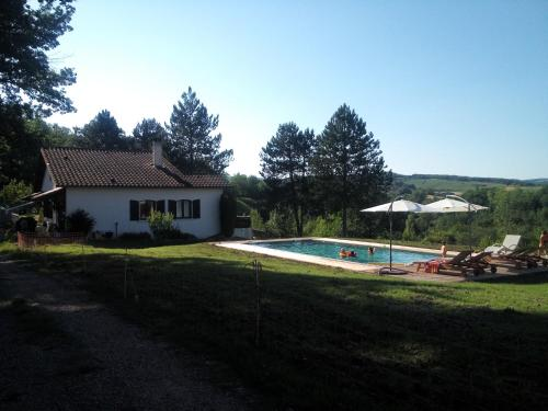 Lovely house with swimming pool. : Hebergement proche de Donnazac