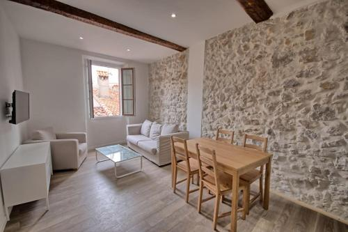Appartement renove vieil antibes
