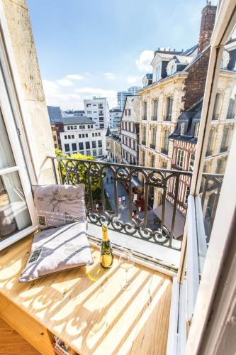 charming city center flat : Appartement proche de Rouen