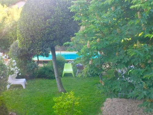 Apartment with Garden, Pool and Spa : Appartement proche de Sauveterre