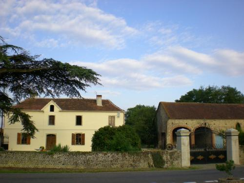Chambre d'hotes Yanna : Chambres d'hotes/B&B proche d'Armentieux