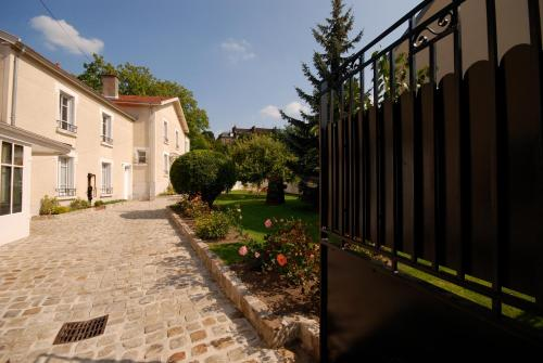 Chez Camille : Chambres d'hotes/B&B proche de Chouilly