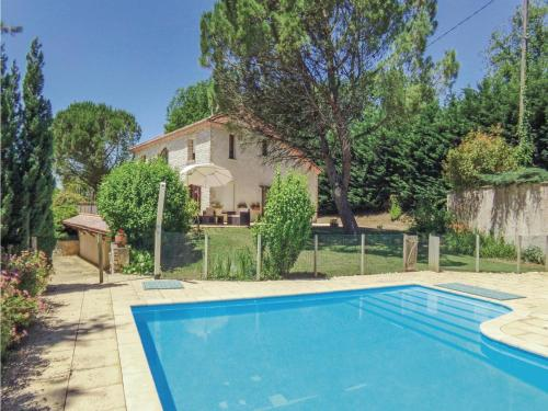 Holiday home Fayolle H-603 : Hebergement proche de Beauronne