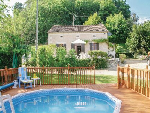 Holiday Home Le Chene Vert : Hebergement proche d'Issac
