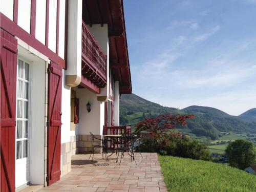 Holiday Home Anhaux with Fireplace I : Hebergement proche de Saint-Martin-d'Arrossa
