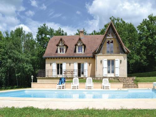 Holiday Home Savignac-Ledrier Rue Du Tuquet : Hebergement proche de Preyssac-d'Excideuil