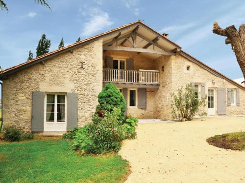 Holiday home St Vivien de Monsegur N-645 : Hebergement proche de Jusix