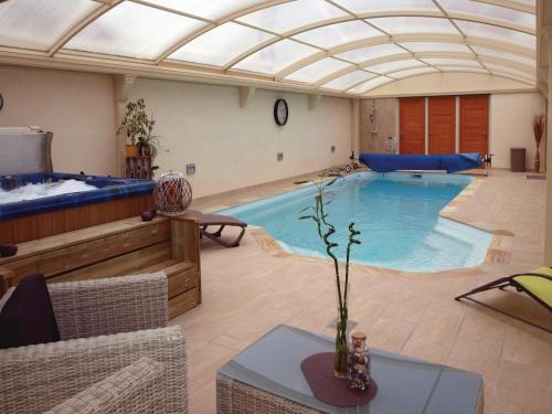 Holiday Home Frehel with Hot Tub I : Hebergement proche de Fréhel