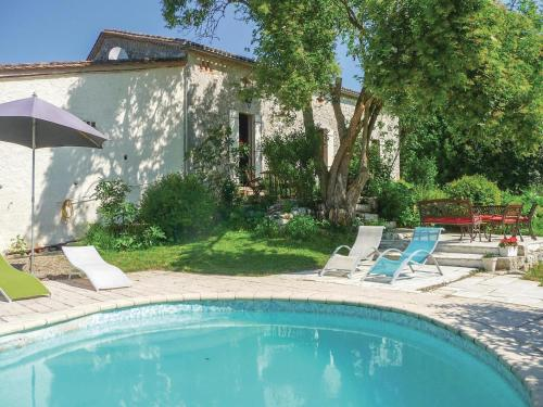 Holiday Home St Jean De Duras : Hebergement proche de Moustier