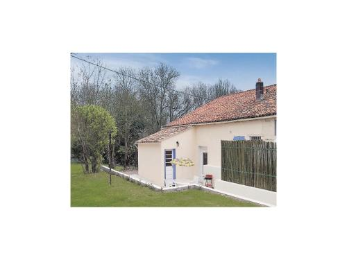Holiday Home Riverside Cottage : Hebergement proche de Thorigny-sur-le-Mignon