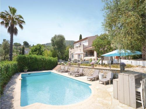 Four-Bedroom Holiday Home in Le Tignet : Hebergement proche de Saint-Vallier-de-Thiey