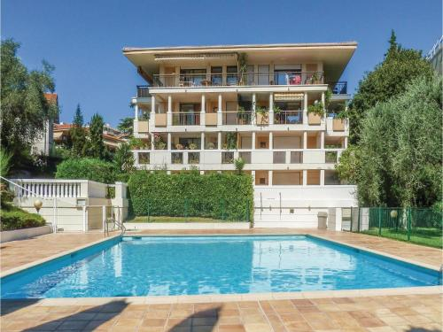 Two-Bedroom Apartment in Cannes : Appartement proche de Le Cannet