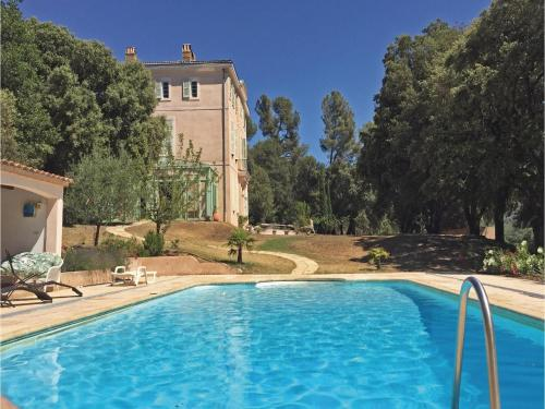 Holiday home Pourrieres 51 with Outdoor Swimmingpool : Hebergement proche de Saint-Zacharie