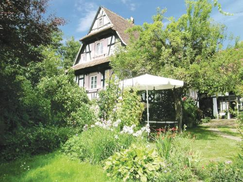 Holiday home Rue du Herrenberg : Hebergement proche de Hoffen