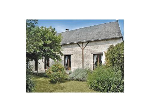 Holiday Home Ligre Rue Du Rouilly : Hebergement proche de La Tour-Saint-Gelin