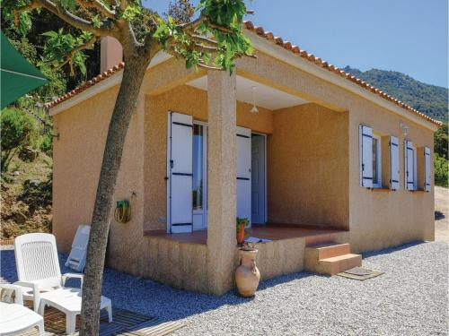 Two-Bedroom Holiday Home in Casalabriva : Hebergement proche de Serra-di-Scopamène