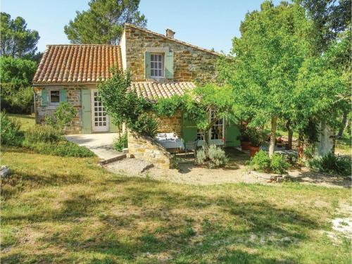 Five-Bedroom Holiday Home in Ribaute : Hebergement proche de Camplong-d'Aude
