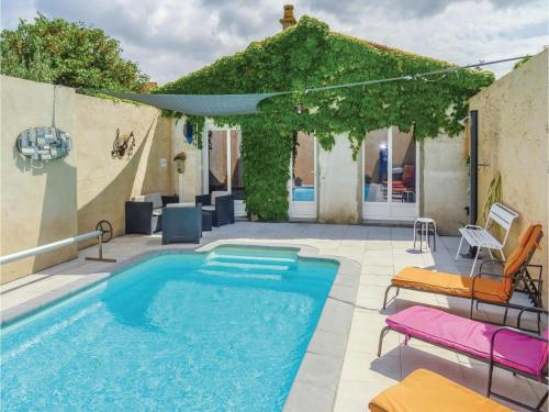 Four-Bedroom Holiday Home in La Redorte : Hebergement proche de Saint-Frichoux