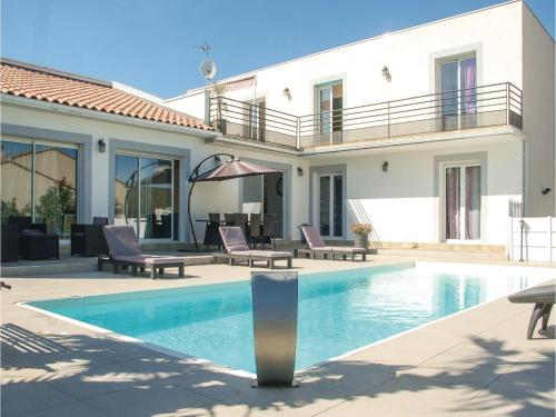 Four-Bedroom Holiday Home in Vailhauques : Hebergement proche de Murviel-lès-Montpellier