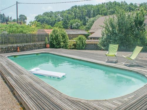Holiday Home Sombrun 03 : Hebergement proche d'Aubous