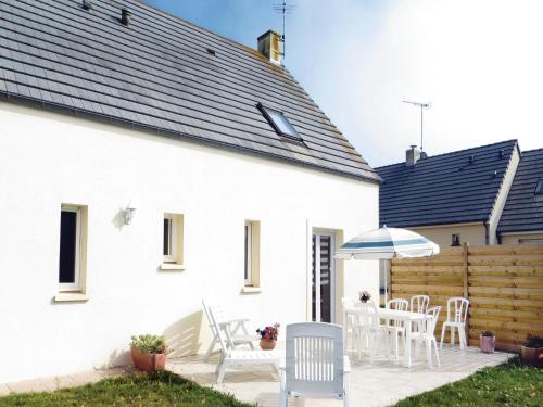 Holiday home Saint-germain-sur-Ay IJ-1098 : Hebergement proche de Pirou