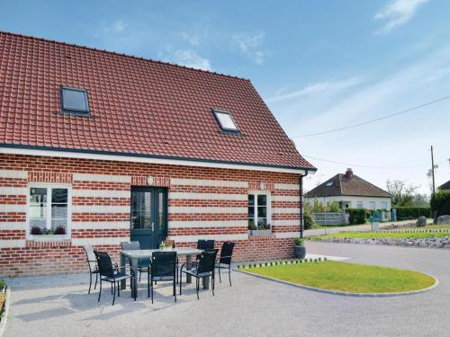 Holiday home Renty with a Fireplace 417 : Hebergement proche de Béalencourt