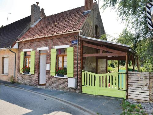 One-Bedroom Holiday Home in Arques : Hebergement proche de Pihem