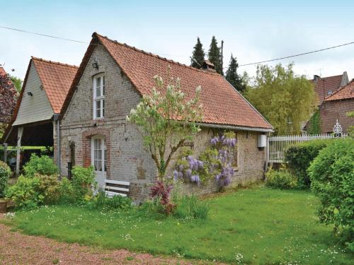 One-Bedroom Holiday home Drucat with a Fireplace 06 : Hebergement proche de Francières