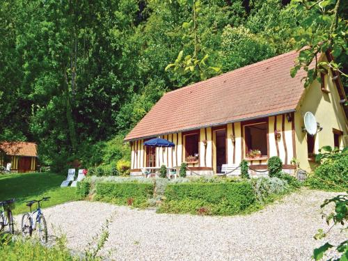 Two-Bedroom Holiday Home in Saane Saint Just : Hebergement proche de Bourville