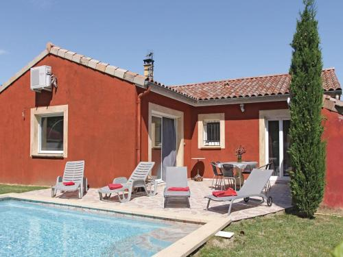 Three-Bedroom Holiday home Ancone with a Fireplace 05 : Hebergement proche de Saint-Vincent-de-Barrès