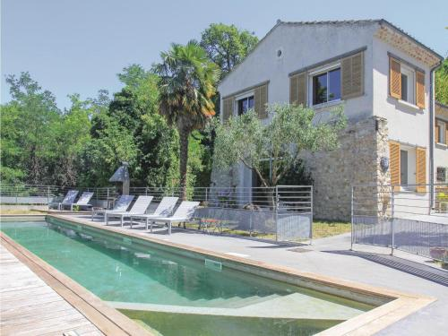 Four-Bedroom Holiday Home in Malataverne : Hebergement proche de Les Granges-Gontardes