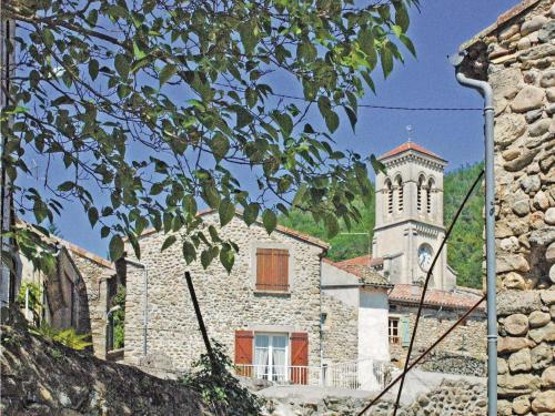Two-Bedroom Holiday Home in St. Fortunat s Eyrieux : Hebergement proche de Saint-Michel-de-Chabrillanoux