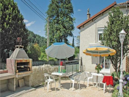 Two-Bedroom Holiday Home in Jaujac : Hebergement proche de Montpezat-sous-Bauzon
