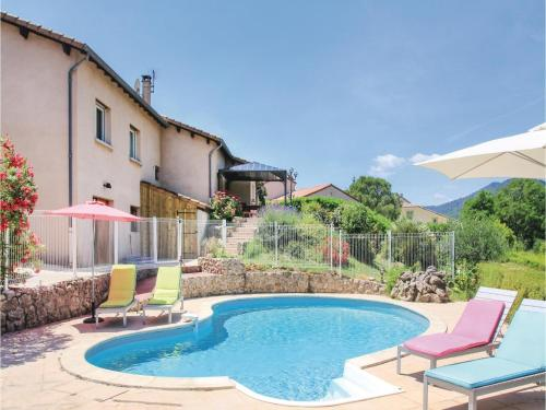 Five-Bedroom Holiday Home in St Fortunat sur Eyrieu : Hebergement proche de Saint-Michel-de-Chabrillanoux