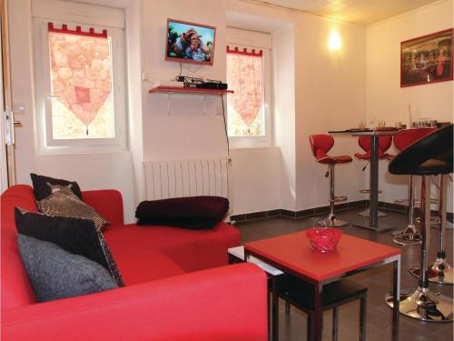 Two-Bedroom Holiday Home in Vals les Bains : Hebergement proche de Pont-de-Labeaume