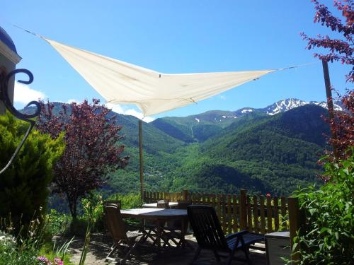 Holiday home Orus Village : Hebergement proche de Capoulet-et-Junac