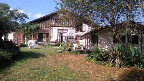 Grand Hourcqs : Chambres d'hotes/B&B proche d'Orthevielle