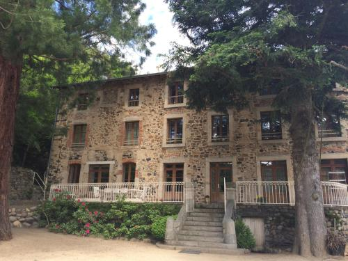 ADONIS CHAMBRES D'HOTES : Chambres d'hotes/B&B proche de Champclause