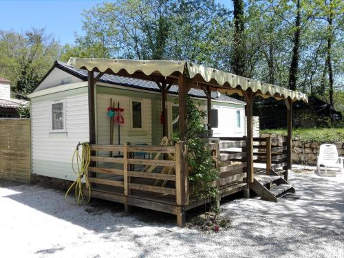 Holiday home La Pize : Hebergement proche de Saint-Pierre-Saint-Jean