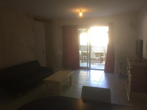 Appartement appart 55m2 caderousse