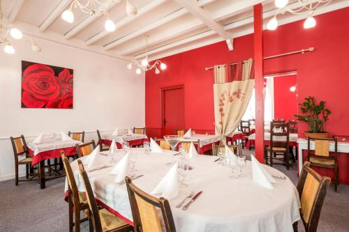 Hotel le Cygne : Hotel proche d'Araules