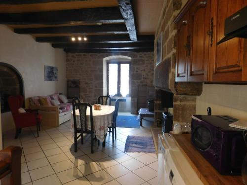 Treignac Centre Apartment : Appartement proche de Saint-Salvadour