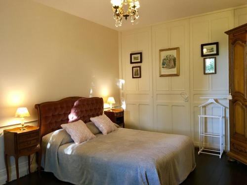 Presbytere : Chambres d'hotes/B&B proche d'Ainvelle