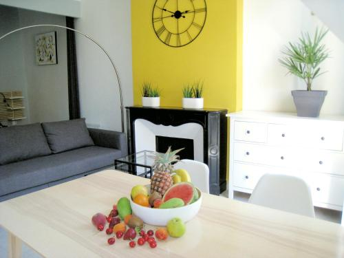 Appartement ambiance design epure Cours Lafayette
