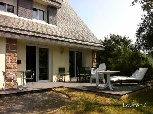 Holiday home Allee du Rohu : Hebergement proche de Le Tour-du-Parc