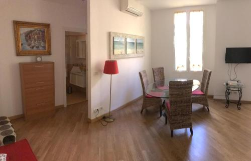 Jules Ferry Apartment for Monaco : Appartement proche de La Turbie