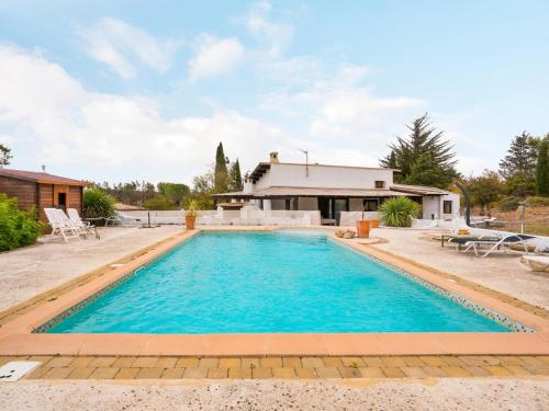 Welkeys Holiday Home - Juvignac : Hebergement proche de Montarnaud